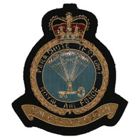 RAF Parachute test Unit wire blazer badge