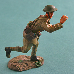 Britains WW1 Infantry Officer Advancing Metal Figure