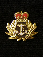 Royal Navy Shield Wreath Lapel Badge