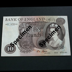 Brown Ten Pound Banknote signed by FForde - 1967