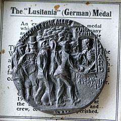 Lusitania boxed medallion