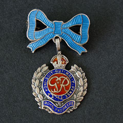 Royal Engineers Sweetheart Brooch with Bow